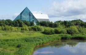 モエレ沼とガラスのピラミッド